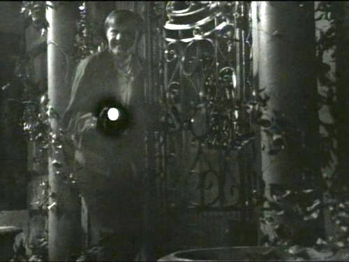 Dark Shadows episode 210 - Handyman Willie Loomis discovers a chained coffin in the secret room of the Collins Mausoleum.