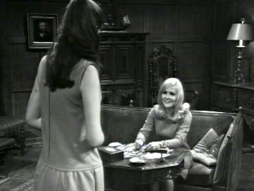 Dark Shadows season 2 episode 238 - Victoria Winters and Carolyn Stoddard