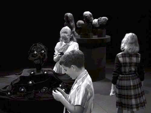 I Sing the Body Electric - The Twilight Zone season 3