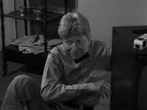 What's in the Box - Clarence Nash - The Twilight Zone season 5